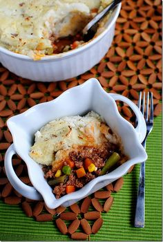 Shepherd's Pie with Healthier Mashed Potatoes That Actually Taste Good. Perfect for St. Patrick's Day!