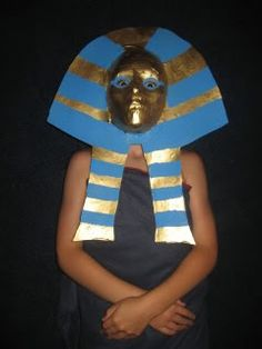 Ancient Egypt Unit Study | Walking by the Way - she shares how they made this mask.  Amazing