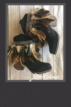 IN+STOCK+SIZE+8.5M+Decorated+cowboy+boot,+reworked+boot,+festival+boot,+ankle+boot,+bootie,+feather+boot.+Sierra+boot.+New+boots.