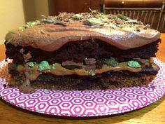 Peppermint crisp tart cake - so many layers. Peppermint Crisp Tart, Yummy Cakes, Sweet Treats, Layers, Tasty, Tips, Desserts, Recipes, Food