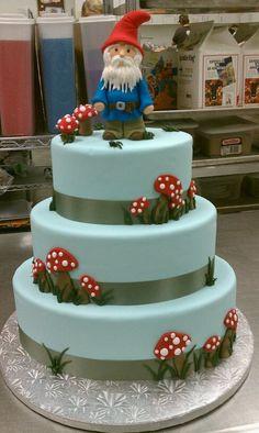 gnome cake!