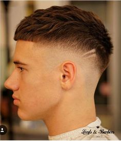 short mens hairstyles which look gorgeous. short mens hairstyles which look gorgeous. Short Fade Haircut, Crop Haircut, Short Hair Cuts, Short Hair Style Men, Very Short Hair Men, Men Haircut Short, Short Bangs, Pixie Cuts, Short Pixie