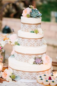 A true rustic wedding cake: http://www.stylemepretty.com/little-black-book-blog/2015/01/17/rustic-romance-at-bandy-canyon-ranch/ | Photography: Birds of a Feather - http://birdsofafeatherphoto.com/