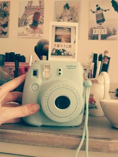 Want one of these soo badly! Comment below - Instax Camera - ideas of Instax Camera. Trending Instax Camera for sales. - Want one of these soo badly! Comment below Instax Mini 8 Camera, Poloroid Camera, Polaroid Instax, Fujifilm Instax Mini 8, Vintage Polaroid Camera, Tumblr Photography, Photography Camera, Polaroid Camera Pictures, Polaroid Ideas