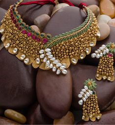 Gold necklace collection from AVR Swarna mahal - Latest Jewellery Designs