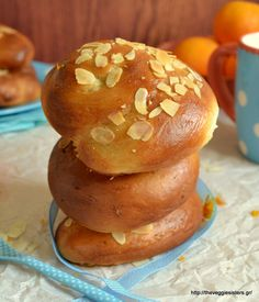 Νηστίσιμο τσουρέκι χωρίς μίξερ Greek Sweets, Greek Desserts, Greek Recipes, Desert Recipes, Vegan Desserts, Sweets Recipes, Baking Recipes, Greek Cake, Meals Without Meat