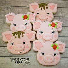 This little piggy went to Funky Cookie Studio! Farm Cookies, Iced Cookies, Cute Cookies, Royal Icing Cookies, Cupcake Cookies, Sugar Cookies, Cookie Favors, Animal Cupcakes, Fun Cupcakes
