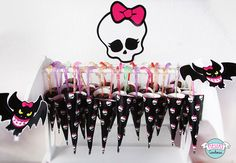Paraguitas de chocolate de Monster High