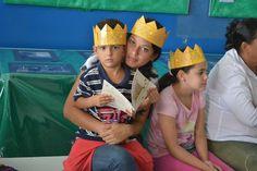 """Fundação Itaú faz doação de livros para escolas municipais de Botucatu - Neste sábado (11) três escolas municipais de Botucatu, Américo Virgínio dos Santos (Cecap), Francisco Guedelha (Marajoara) e Raymundo Cintra (Vitoriana), foram contempladas com a doação de livros do projeto """"Biblioteca Inovadora"""".  Trata-se de uma iniciativa promovida pela Fundação Itaú Social, - http://acontecebotucatu.com.br/educacao/fundacao-itau-faz-doacao-de-livros-para-escolas-m"""