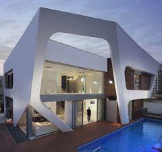 A house in Ashdod, Israel, designed by Zahavi Architects, 2012
