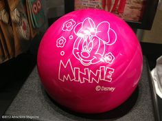 STAREE Attractions Magazine: Buy this Minnie Mouse bowling ball @SplitsvilleORL for $99: