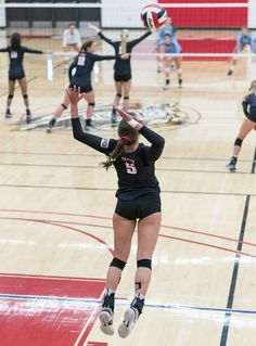 How To Serve In Volleyball Two Tactics To Score More Aces and Points.  One of the first mental serve strategies in how to serve in volleyball is to remember to THINK about making a tough serve, not an easy one. (Al Case)