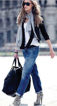 Street Style/Killer Boots/Great look