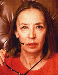 L'ultimo servizio fotografico a Oriana è quello di Oliviero Toscani del 1990, in occasione dell'uscita di Insciallah (2) - Foto - Oriana Fallaci