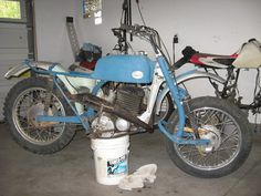 Small Motorcycles, Bicycle Rack, Motorcycle Design, Sidecar, Retro, Motorbikes, Retro Illustration, Bike Rack