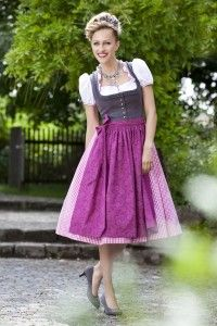 Grey and purple make for such a fun, modern pairing on this lovely dirndl. #dirndl #dress #folk #costume #German #clothing