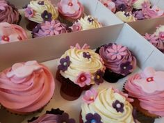 Say thank with beautiful pink and lilac cupcakes; you choose the flavours and colours to suit! Edible Gifts, Lilac, Pink, Corporate Gifts, Food Art, Vanilla, Cupcakes, Suit, Treats
