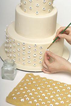 Step by step wedding cake decorating - NYC Cake Girl Blog