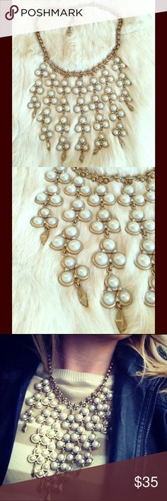 Stella & Dot Dahlia faux pearl bib necklace Gorgeous and decadent, make a statement with this Stella & Dot faux pearl bib-style necklace. Great way to glam up a simple neckline! Stella & Dot Jewelry Necklaces