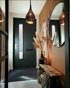 Home Hall Design, Interior Design Living Room, Interior Decorating, House Design, Hall Interior, Houses Architecture, Flur Design, House Entrance, Home Decor Inspiration