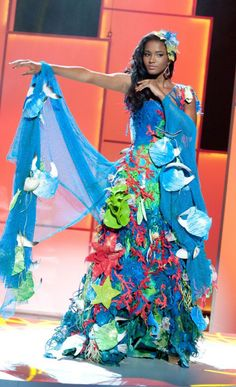 Angola's Leila Lopes Miss Universe 2011 wearing ocean/fishing inspired gown as her national costume