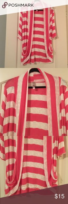 Pink and white cardigan A light open cardigan with lose pockets. myan Sweaters Cardigans