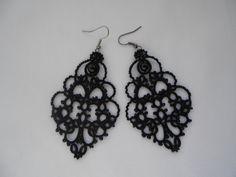 Black lace earrings, black earrings with black agat, tatted earrings, tatting jewelry, lace jewelry,  frivolitè, lightweight filigree.
