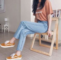 15 Outfits that will make you look like an influencer - They will make you look very stylish. Best Picture For outfits con botines For Your Taste You are - Korean Girl Fashion, Korean Fashion Trends, Korean Street Fashion, Asian Fashion, Look Fashion, Teen Fashion, Fashion Models, Fashion Outfits, Ulzzang Fashion Summer