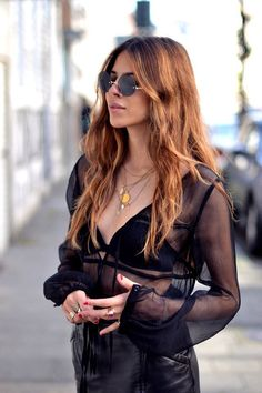 Sheer Black, gold & Round Sunnies.