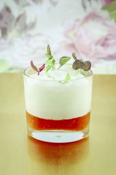 @Aga_Catering de Madrid, ofrece menús Gourmet para todos tus eventos. Este mousse de bogavante seguro que está riquísimo!
