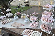 Τραπέζι ευχών Table Decorations, Pink, Knight, Pink Hair, Roses, Dinner Table Decorations, Center Pieces