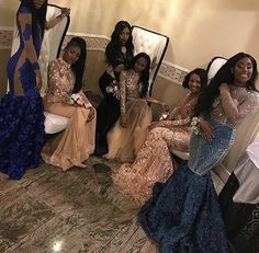 Besties or lovers (Bad Kid Mark) - Lovers 4 💙 Black Girl Prom Dresses, Sweet 16 Dresses, Beautiful Prom Dresses, Homecoming Dresses, Girls Dresses, Bridesmaid Dresses, Bff, Besties, Bestfriends
