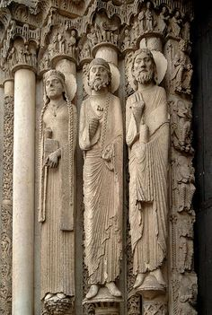 #Gothic Architecture#Cenral tympanum The Western (Royal) Portal at Chartres Cathedral (ca. 1145). These architectural statues are the earliest Gothic sculptures and were a revolution in style and the model for a generation of sculptors.