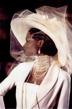 Debra Shawl walking for Dior haute couture (by Galliano) c1995