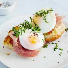 These easy and adorable breakfast sliders are the perfect brunch dish. Get the recipe from Food & Wine.