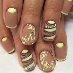 Just love the gem placement 2017 Nail Polish Trends and Manicure Ideas ~ Nail Art Designs Fabulous Nails, Gorgeous Nails, Perfect Nails, Pretty Nails, Beautiful Nail Designs, Beautiful Nail Art, Nails 2017, Nail Polish Trends, Nail Trends