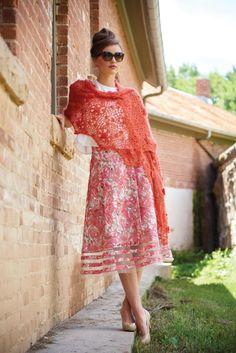 Fidelma Motif Shawl   Vintage Modern Crochet by Robyn Chachula   #Crochet #Shawl #Lace