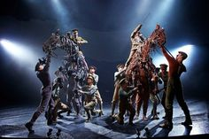 War Horse- you can't live life without seeing this. AMAZING!