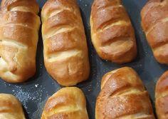 Τυροπιτάκια λουκανοπιτάκια by sougo συνταγή από Georgiadou Soula - Cookpad Hot Dog Buns, Hot Dogs, Bread, Recipes, Food, Breads, Brot, Recipies, Essen
