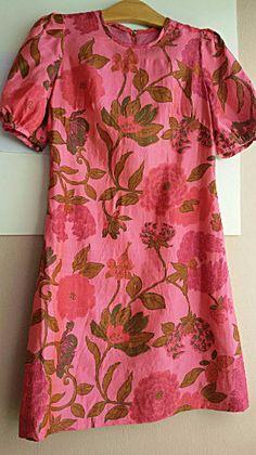 1960s Star Of Siam Hawaiian Print Thai Silk Blouse Small
