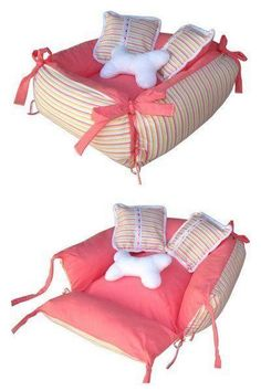 Pretty easy to make. Just stuff four side panels, attach ties, and add a cushion for the bottom. The material needs to be shapedhmmm sew four pillow cases to one floor cushion and attach ties.Velcro ends of pillow cases to make it washable.♥ DIY Do Diy Dog Bed, Diy Bed, Dog Crafts, Dog Items, Animal Projects, Pet Beds, Diy Stuffed Animals, Pet Clothes, Dog Clothing
