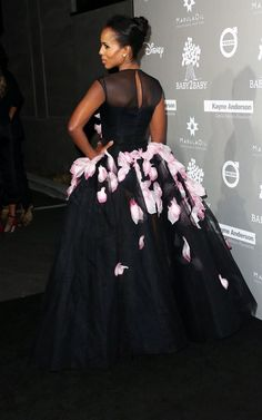 Kerry Washington Wears Giambattista Valli Couture At The Baby2Baby Gala  Formella Klänningar 0d07878808199