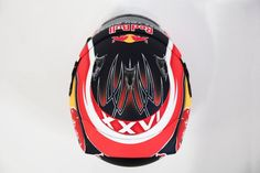 Kvyat's helmet F1 2017, New Twitter, Helmets, Gears, Racing, Hard Hats, Running, Gear Train, Auto Racing