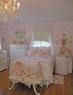 Beautiful chic bedroom in pink and white-Shabby Chic Bedroom Interior Design Examples