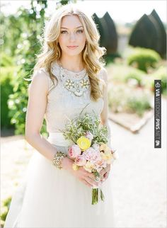 romantic bridal looks | CHECK OUT MORE IDEAS AT WEDDINGPINS.NET | #weddinghair