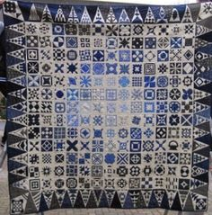 Dear Jane quilt at Margeeth's blog (The Netherlands).  December 2014.