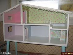 Pimpat Lundby dockhus med soffbordsben