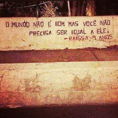 """2,477 curtidas, 17 comentários - @olheosmuros no Instagram: """"Dia das crianças com esperança! Avenida Sumaré, São Paulo, SP. Foto enviada por Eunice Cristine…"""""""