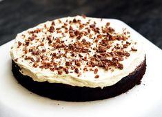 Fika, No Bake Cake, Mousse, Delicious Desserts, Cake Decorating, Cheesecake, Goodies, Homemade, Ethnic Recipes