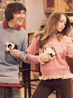 You know it . . . we all wanted a friendship like Miley and Oliver